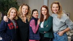 Przyjaciółki, Magdalena Stużyńska, Joanna Liszowska, Agnieszka Sienkiewicz, Anita Sokołowska Foto: - / POLSAT