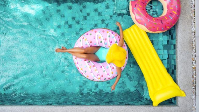 relaks w basenie