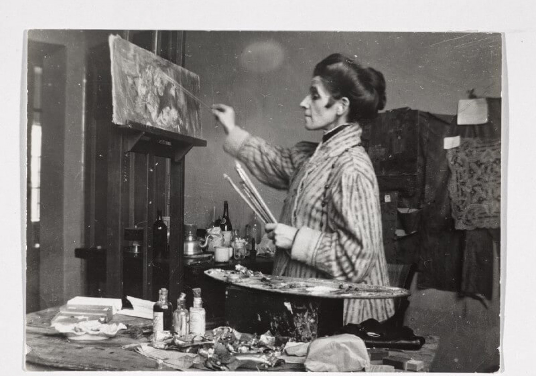 Olga Boznańska w swojej pracowni
