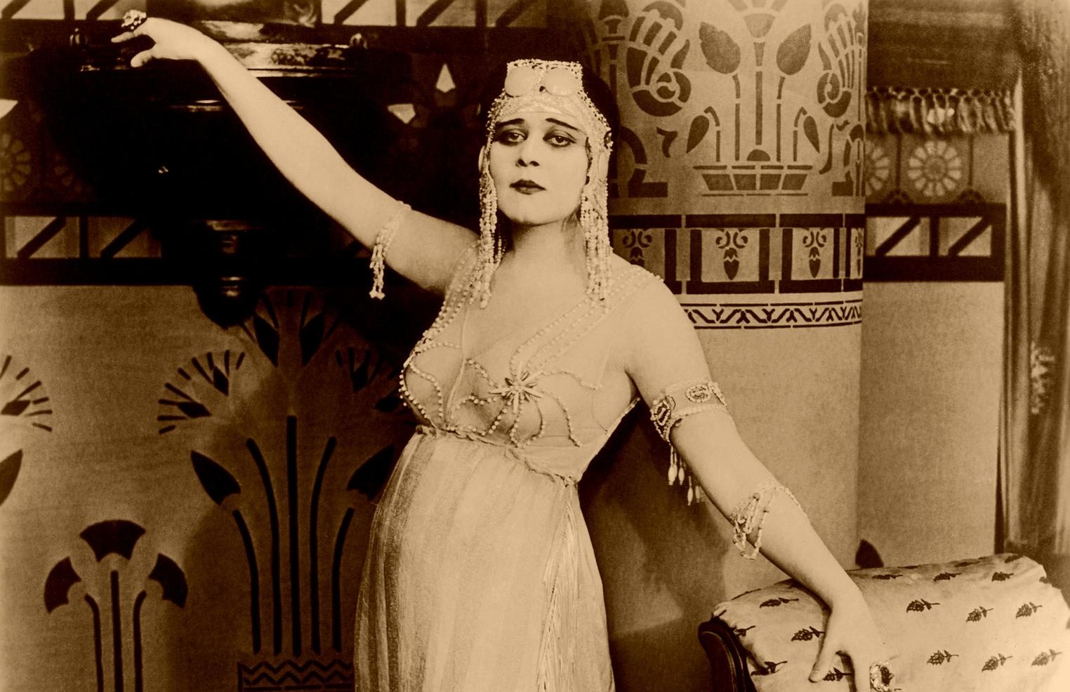 cleopatra-1711910_1920